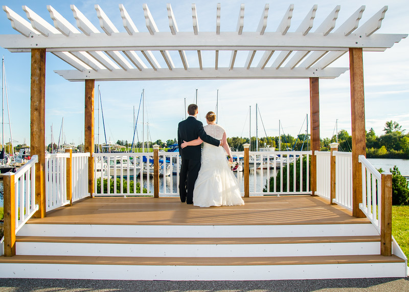 Duluth waterfront wedding