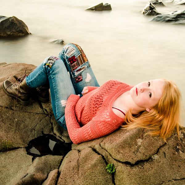 senior girl portrait redhead on the rocks