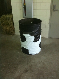 Even the garbage cans at the Wisconsin State Fair get in the spirit.