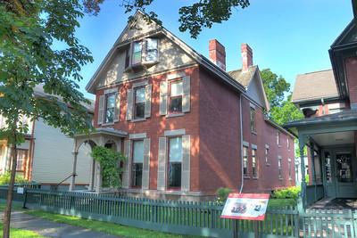 17 Madison St, Susan B. Anthony House