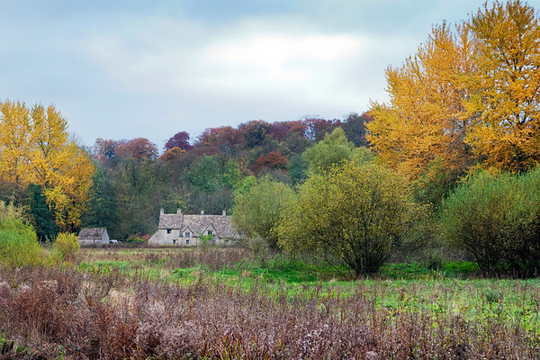 Picturesque setting in Bibury