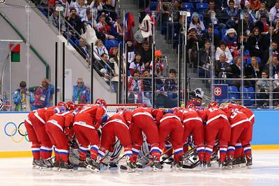 Женская сборная России проиграла сборной Швейцарии со счетом 0:2 и закончила свое выступление на Олимпийских играх в Сочи