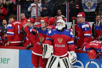 В финале молодёжного чемпионата мира россияне уступили в овертайме сборной Финляндии со счётом 3:4.