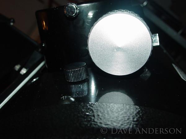 Focuser knob clearance