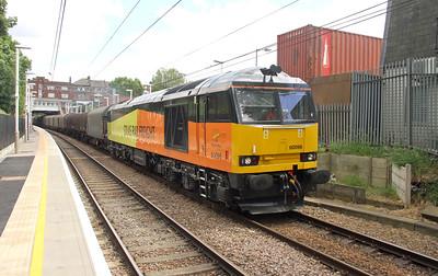 60096 Kensal Rise 06/06/15 6V62 Tilbury to Llanwern