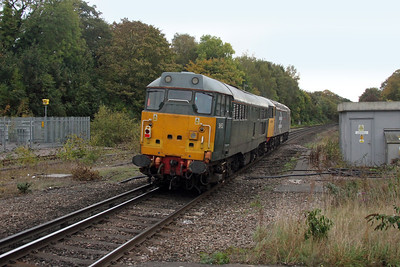31452 Michelever 20/10/16 0Z31 Derby RTC to Eastleigh led by 56098