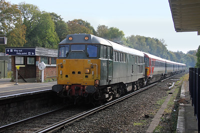31452 Micheldever 21/10/16 5L46 Eastleigh to Ely Papworth Sidings with 2405
