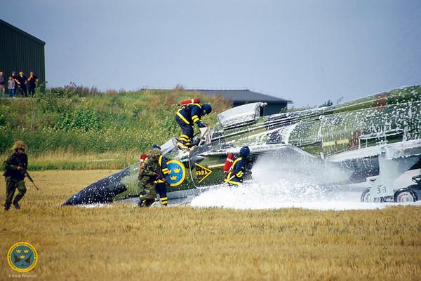 Rescue demo at F16 Air Show. Saab 37 Viggen