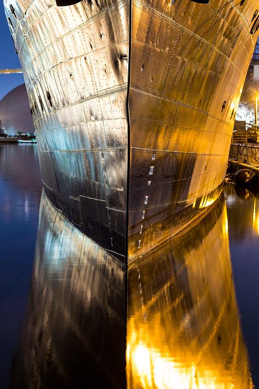 IMAGE: https://photos.smugmug.com/Misc/i-NZRKLTS/0/XL/Shipbow-XL.jpg