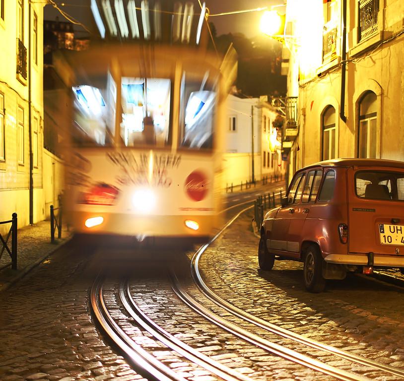 IMAGE: https://photos.smugmug.com/Misc/i-rwFgkJ6/0/XL/Streetcar1-XL.jpg