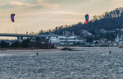 Kiteboarders in Sandy Hook Bay 12/1/16