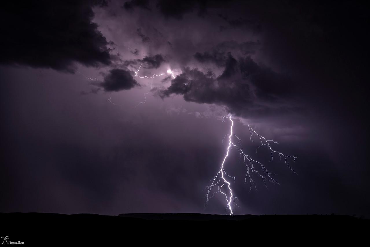 lightning%201%20copy-X2.jpg