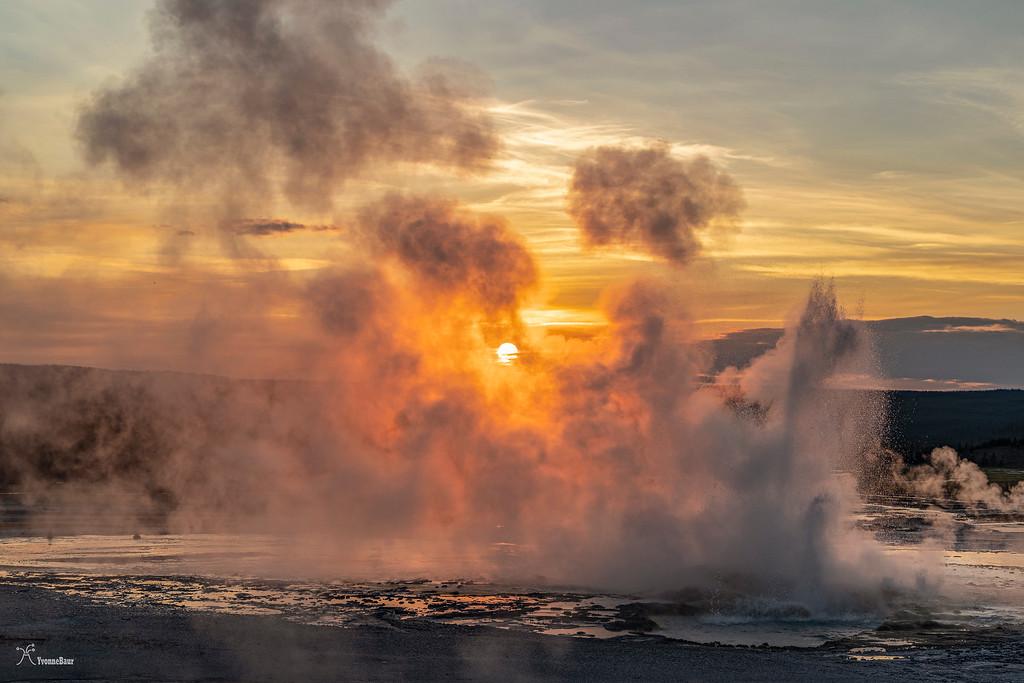 sunset%20at%20clepsydra%20geyser%20copy-XL.jpg