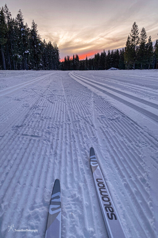 sunset%20ski%20copy-XL.jpg