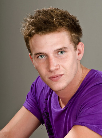 Nicholas Farly1