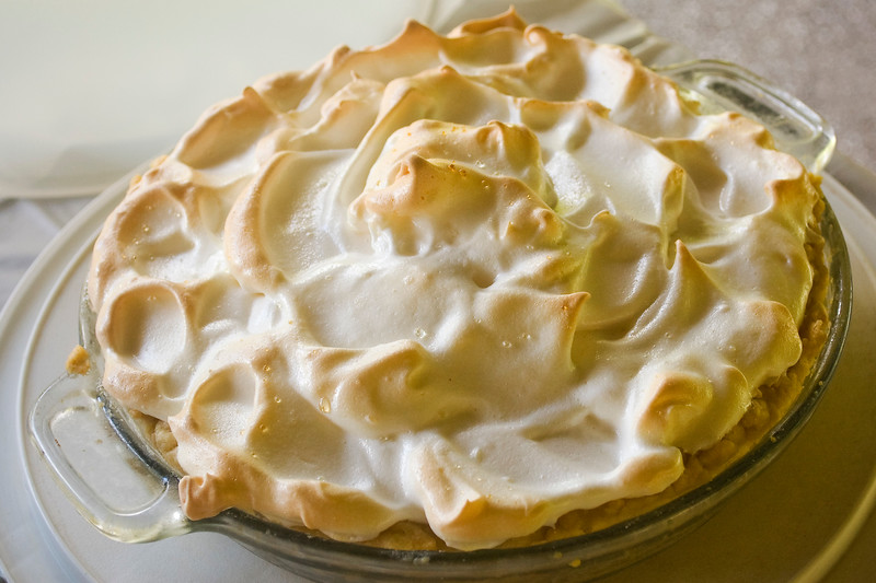 pie. lemon meringue