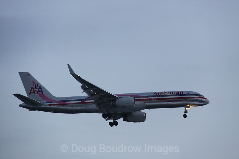 """American Airlines 757 """"Breast Cancer Special Paint Scheme"""" on final approach to Boston Logan, 1-23-09."""