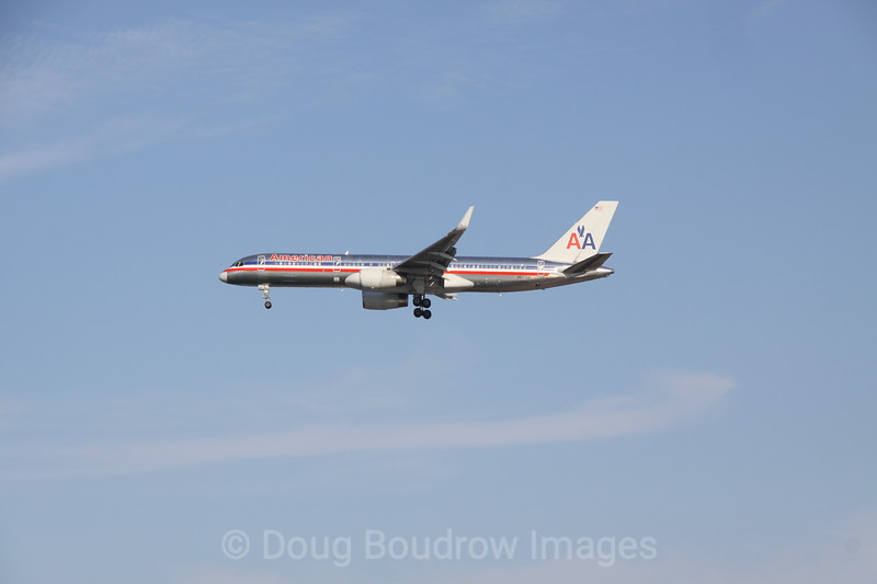 American Airlines 757 on final approach to Boston Logan, 7-6-12