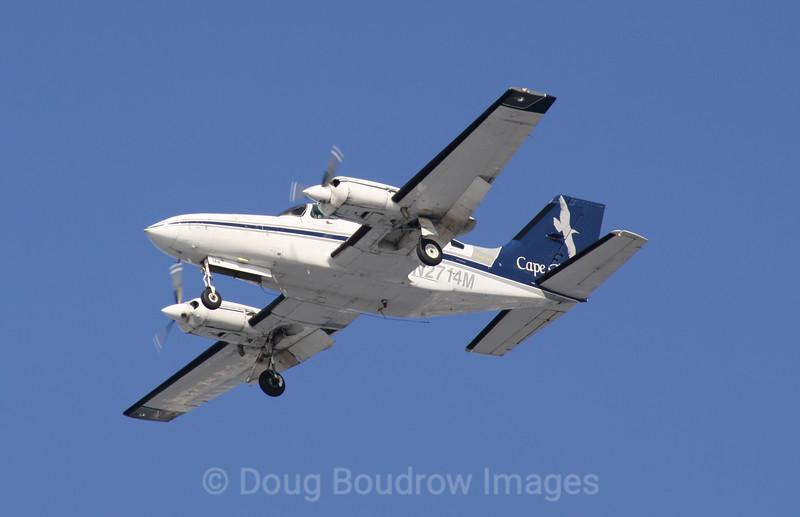 Cape Air Cessna 412 on final approach to Boston Logan, 1-16-09.
