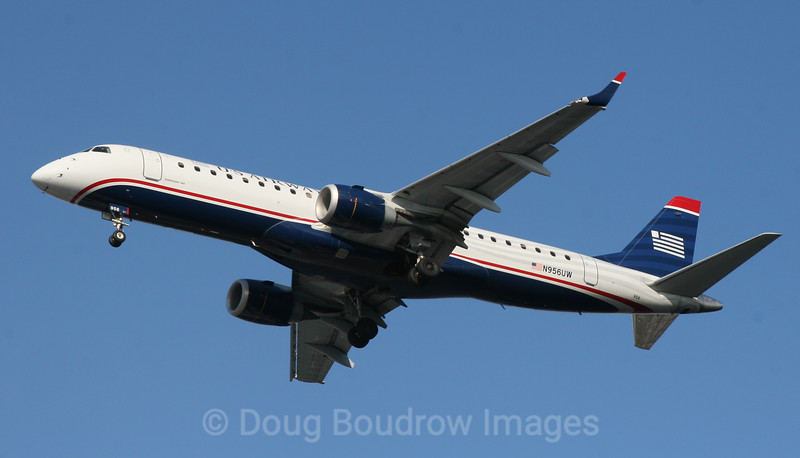 US Airways Embraer ERJ-190 on final approach to Boston Logan, 1-8-09.