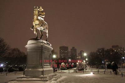 Boston, MA - George Washington monument at the Public Garden during a snowstorm, 1-2-10.