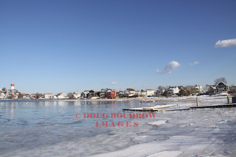 Winthrop, MA - Frozen waters in the bay at Point Shirley, 1-16-09.