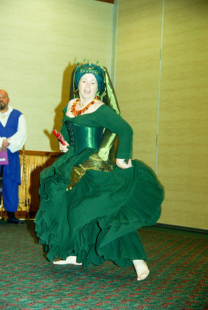Mistress Isolde entertains