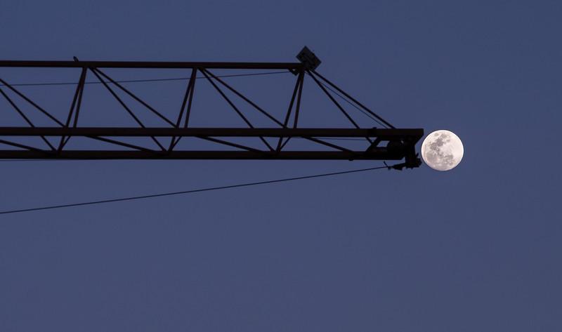 Construyendo en la Luna