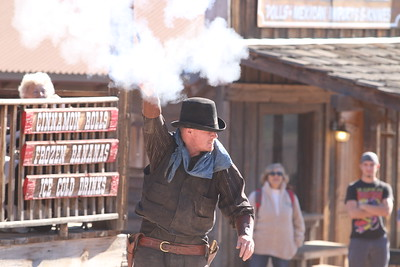 2015 New Years Day - Goldfield Ghost Town Gold-mine