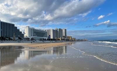 daytona-beach-florida_50839592197_o