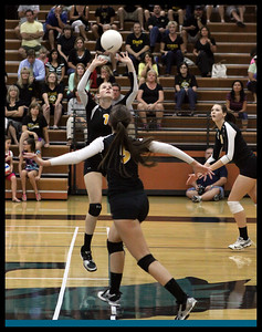 girls-volleyball---4846zcb_7985331919_o