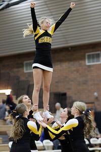 gilbert-high-school-cheerleaders---2515_23312282260_o