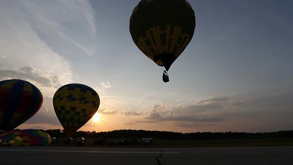 Angola Baloons Aloft 2012-0192