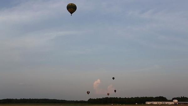 Angola Baloons Aloft 2012-0196