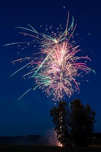Backyard Fireworks 20170707-0008