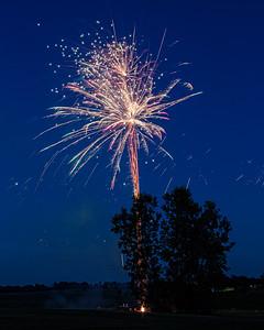 Backyard Fireworks 20170707-0005