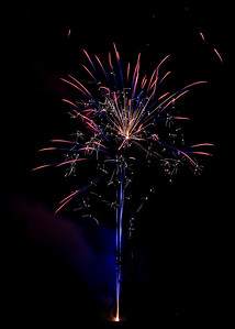 Backyard Fireworks 20150710-0103
