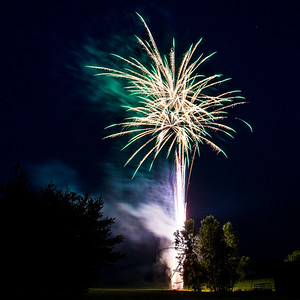 Backyard Fireworks 20150710-0077