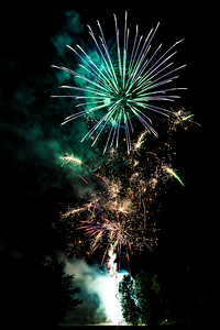 Backyard Fireworks 20150710-0100