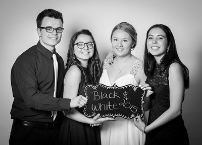 Black and White 2015-0167