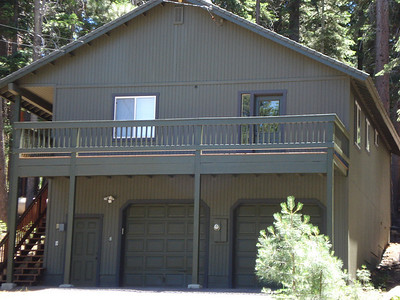 Abe and Mone's Truckee House