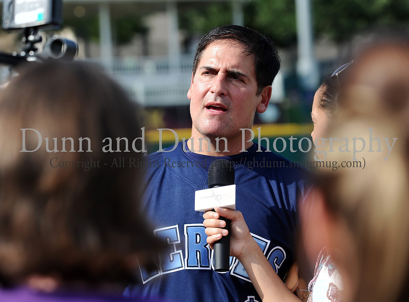 Mark Cuban speaks to the media at the Reebok 2011 Heroes Celebrity Baseball Event
