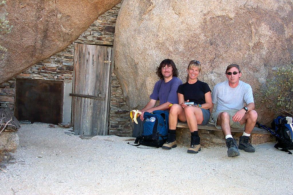 Earnie, Sooz and Joe(me).