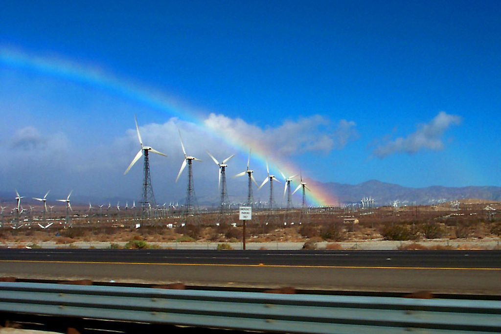 It rained most of the way, but just before Palm Spings it stopped. Nice rainbow at the windmills.