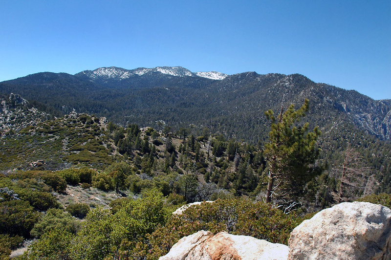 I think that's Marion Mountain, Jean Peak and San Jacinto Peak to the northwest.