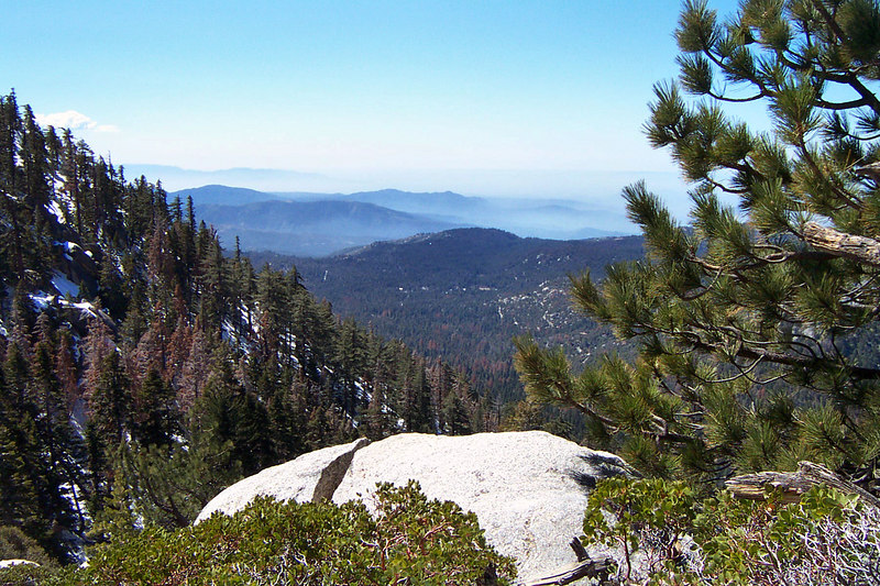 A view to the south. We had great weather for the hike, clear skys with a low haze.