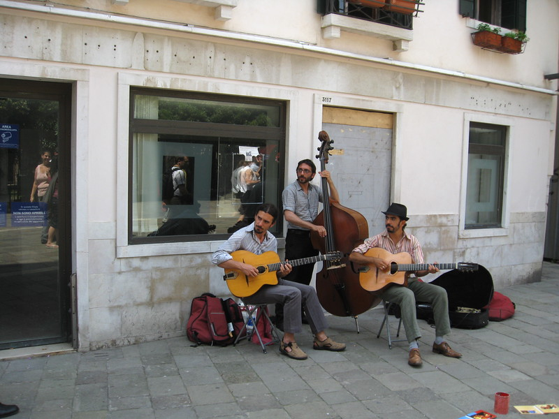 Unknown street minstrels<br /> Venice, Italy<br /> May 2008