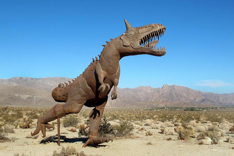 Better view of the horned dinosaur.