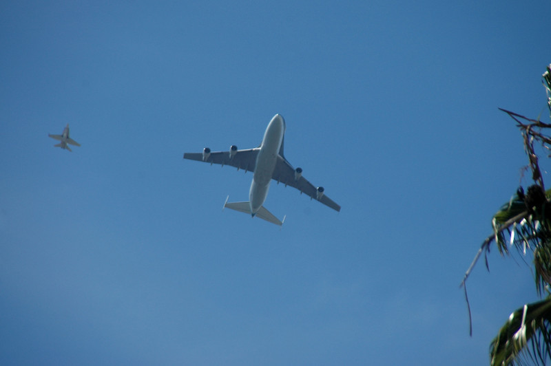 The 747 was lined up to fly almost directly overhead so I didn't get a good view of the Shuttle riding on it's back.