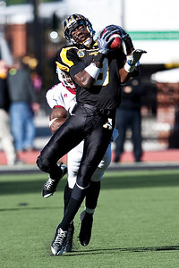 Brian Quick from Appalachian State brings in the over the shoulder pass in a playoff game against South Carolina State University.